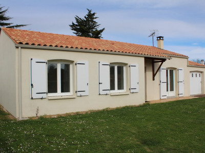 Maison 3 ch + garage + jardin