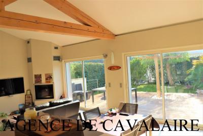 Villa T 4 à Cavalaire de construction récente & proche du centre