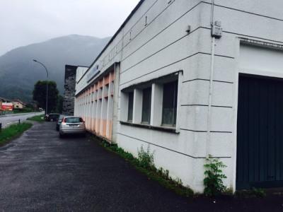 Location Local d'activités / Entrepôt Cluses