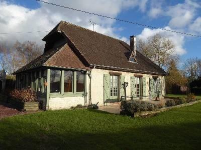 Sale house / villa Sud est lisieux 262500€ - Picture 1