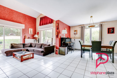 Maison St Bonnet De Mure - 6 pièce (s) - 140 m²