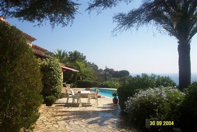 Location vacances maison / villa Les issambres 6625€ - Photo 4