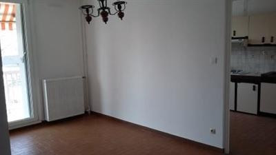 Rental apartment Venissieux 840€ CC - Picture 9