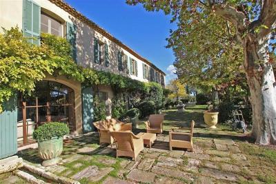 Vente de maison villa de luxe fontvieille achat de for Achat maison de prestige