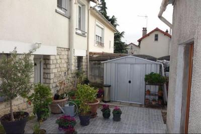 'GONDOLE SUD: Pavillon 4 pièces avec jardin + garage'