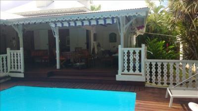 VILLA F4 + bungalow