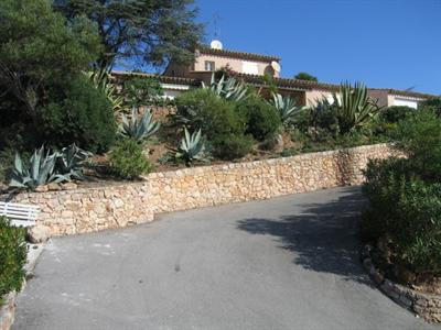 Vacation rental house / villa Les issambres 1 350€ - Picture 11