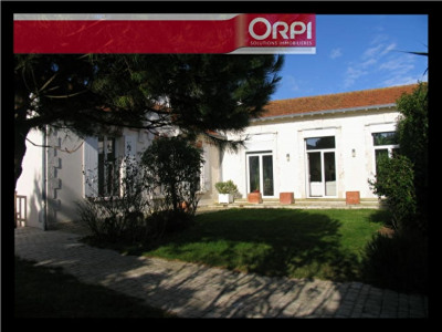 Maison La Rochelle 8 pièce (s) 258 m²