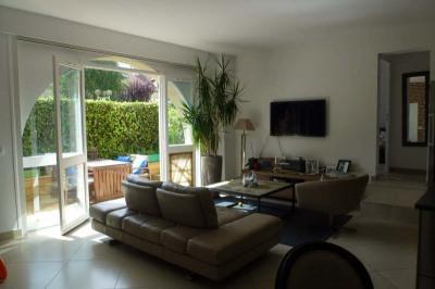 Appartement ST NOM LA BRETECHE - 2 pièce (s) - 70 m²