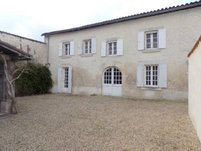 住宅/别墅 7 间房间 Sud Est de Cognac