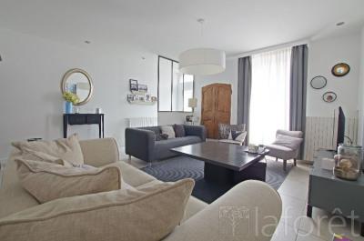 Maison Cholet 7 pièce(s) 134.12 m2