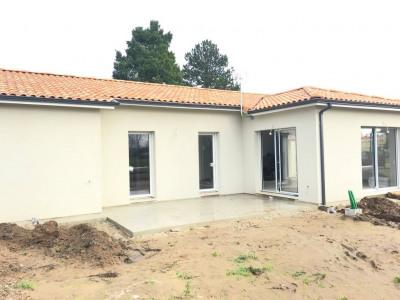 Maison individuelle neuve T5 123 m² avec jardin 800 m²