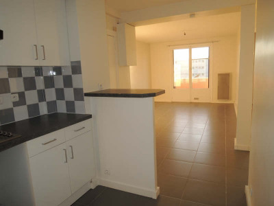 Appartement POISSY - 43 m² - garage et cave