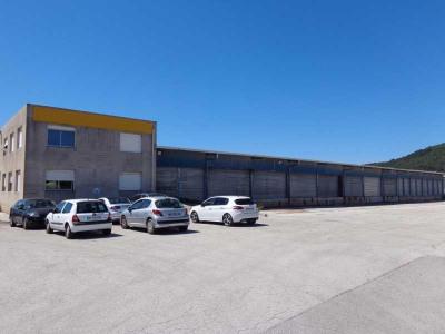Location Local d'activités / Entrepôt Cuers