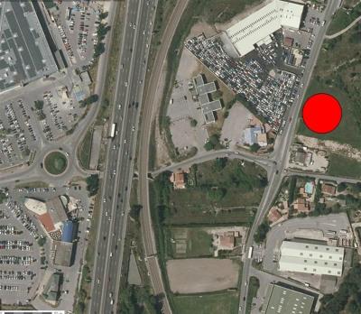 Location - Terrain commercial - 2600 m2 - Plan de Campagne - Photo