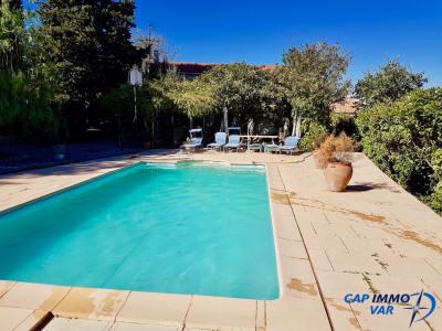 Villa de 168m² avec piscine sur 830 m² dans un lotissement sécu