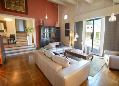 Morieres les Avignon belle maison d'architecte