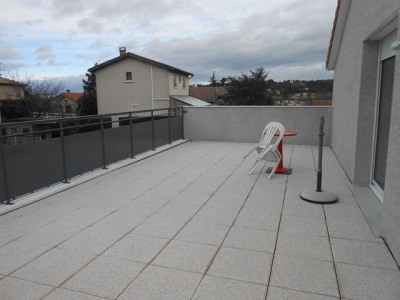 appartement F3 64 m² + 2 Terrasses + Garage
