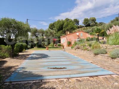 Villa type 4 avec piscine et terrain