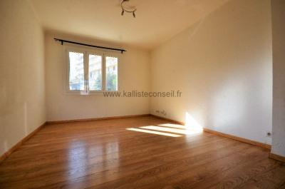 Vente Appartement 3 pièces Ajaccio-(62 m2)-210 000 ?