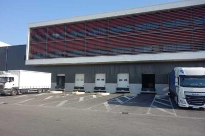 Location Local d'activités / Entrepôt La Crau