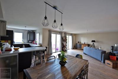 Appartement Saint Cyr Au Mont D Or 3 pièce (s)