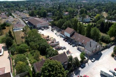Location Local d'activités / Entrepôt Avon
