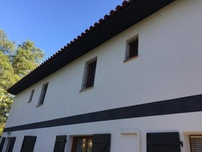 Haut de villa de 125 m² env avec jardin, issu d'une d'une divis