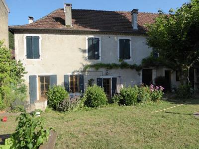 Grande maison de village Prayssac
