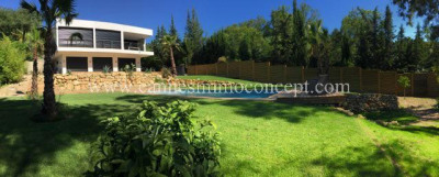 Magnifique villa neuve, contemporaine. Piscine