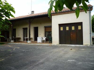 Villa de plain pied Ledat