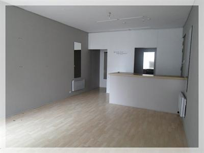 Location local commercial Ancenis 456€ +CH/ HT - Photo 2