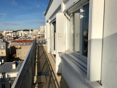 2 pièces dernier étage terrasse et vue