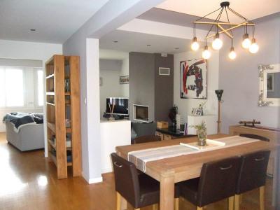 Maison de ville de 240m² hab avec double garage