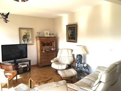 Sale apartment Lille 212000€ - Picture 2