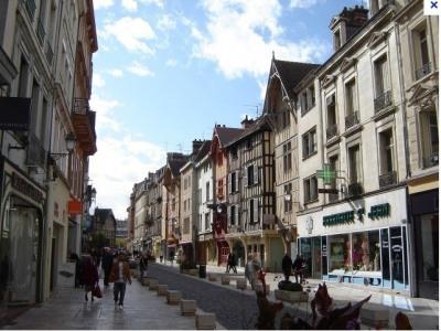 Fonds de commerce Prêt-à-porter-Textile Troyes