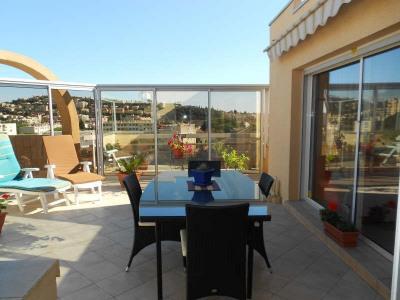 ST RAPHAËL bas valescure T3 78m² au dernier et seul appartement au, 3ème étage, accès ascensceur directe ...
