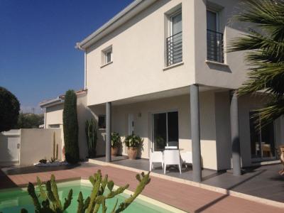 Maison Aigues Mortes 6 pièce (s) 127 m²