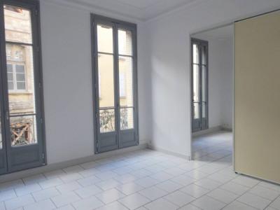 Avignon Intra-Muros - Beau 3/4 pièces avec balcon
