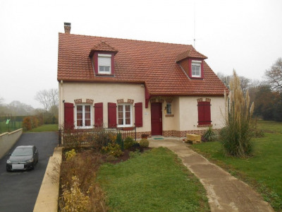 Maison axe Breteuil/Amiens