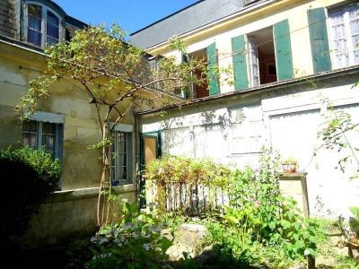 Maison 10 pièce (s) Centre Ville de Cognac