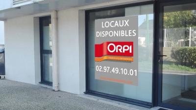 Location Local d'activités / Entrepôt Surzur