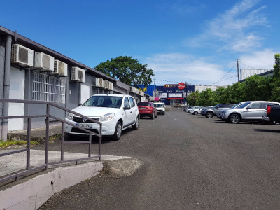 Location Local commercial Baie-Mahault