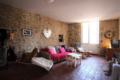 Appartement T3 de 65 m² avec balcon, centre de Lambesc