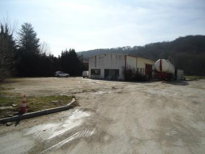 Location Local d'activités / Entrepôt Saint-Hilaire-de-Brens 0