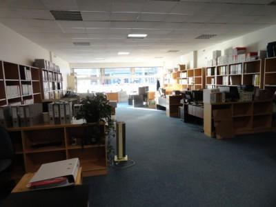 Location Boutique Livry-Gargan 0