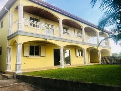 Villa de type T6,150m²