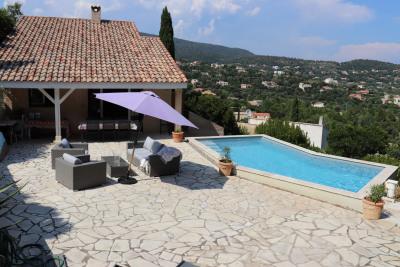 Belle villa 4 chambres avec vue mer et piscine