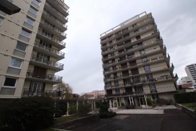 Grenoble secteur eaux claires, garage à louer résidence pain lev