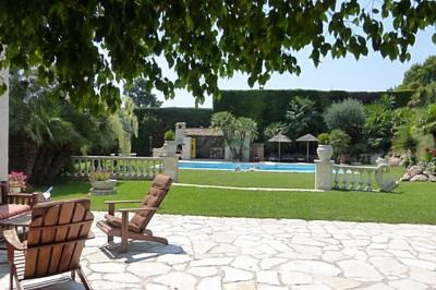 Location saisonnière villa 5 Pièce (s)